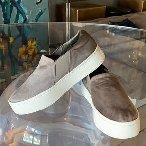 WARREN Sneakers by Vince sz 7M Exc Condition